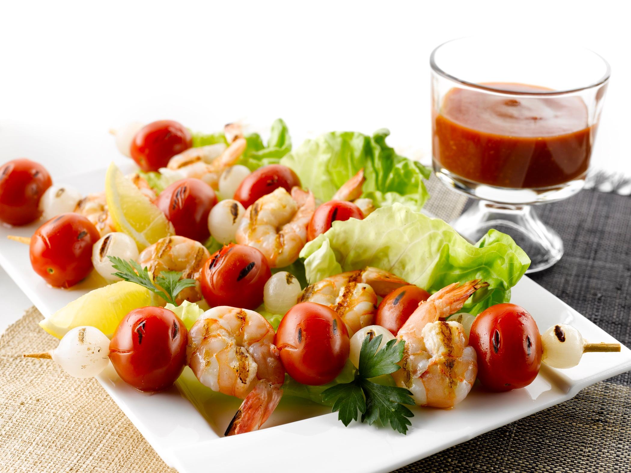 Grilled_Shrimp_Cocktail_Skewers_1
