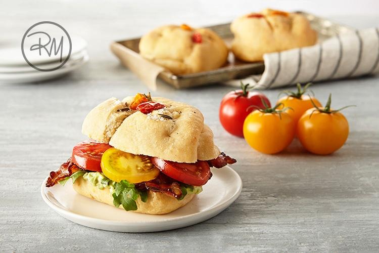 SUNSET Tomato Trio Rolls