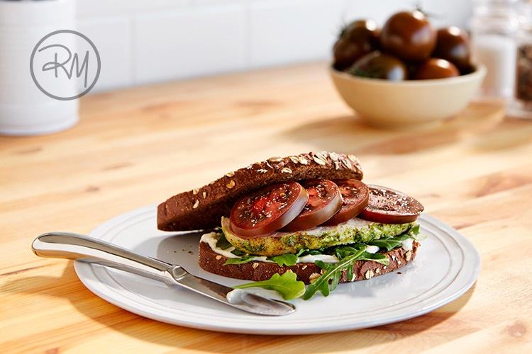 rm_ChickenKumatoSandwich.jpg